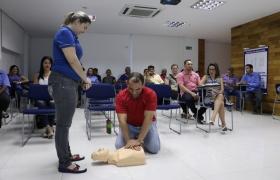 Trabalhadores da construção civil aprendem técnicas de Primeiros Socorros