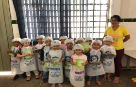 """SESI MT """"forma"""" mais de 1.000 mini-cozinheiros saudáveis"""