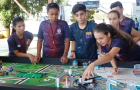 Animação, tecnologia e robôs dão o tom da abertura do Festival de Robótica nesta sexta-feira
