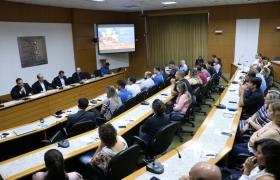Seminário de Saúde e Segurança no Trabalho da indústria frigorífica